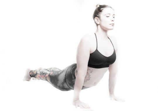 valis_tadasana_zermatt_yoga_valerie_01