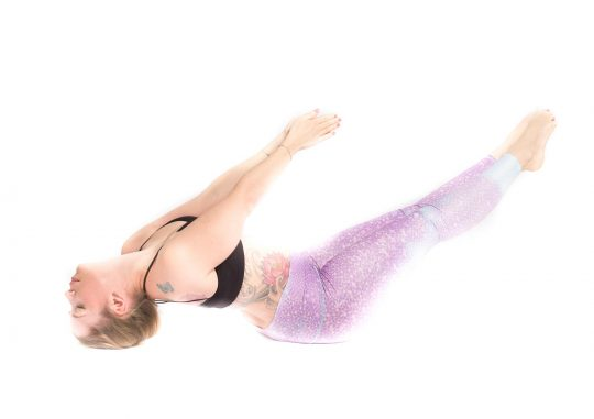 valis_tadasana_zermatt_yoga_valerie_04