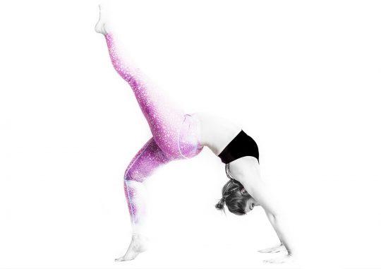 valis_tadasana_zermatt_yoga_valerie_05